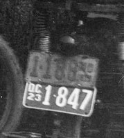 Maryland (top) and Washington, D.C. 1923 motorcycle plates.